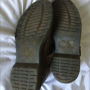 Dr. Martens Shoes - Sz US7 Dr Martens Shoes
